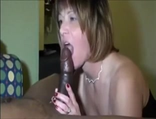 Mature slutwife in lingerie anal fucked by bbc bull